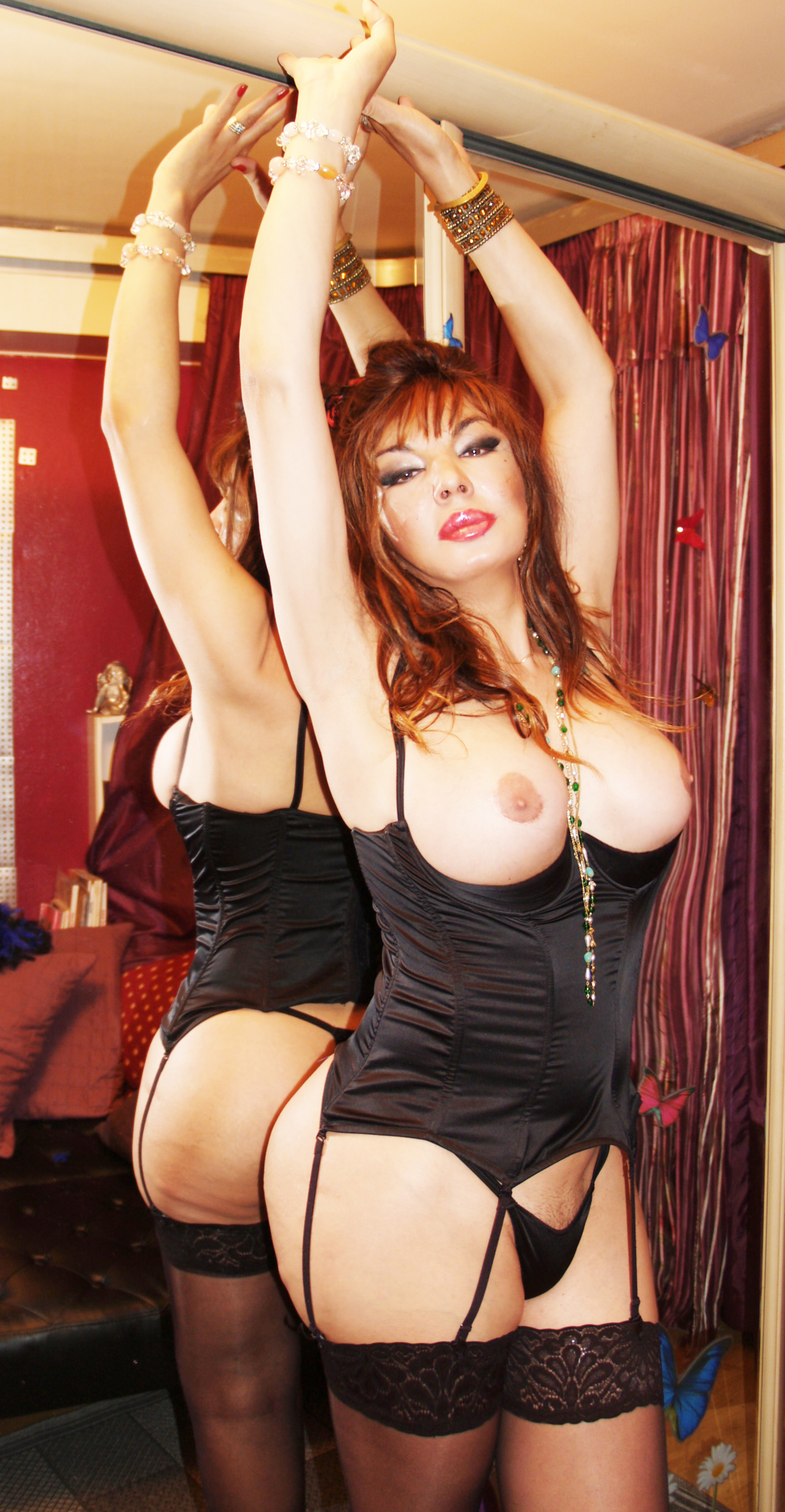 Paris transexual escort